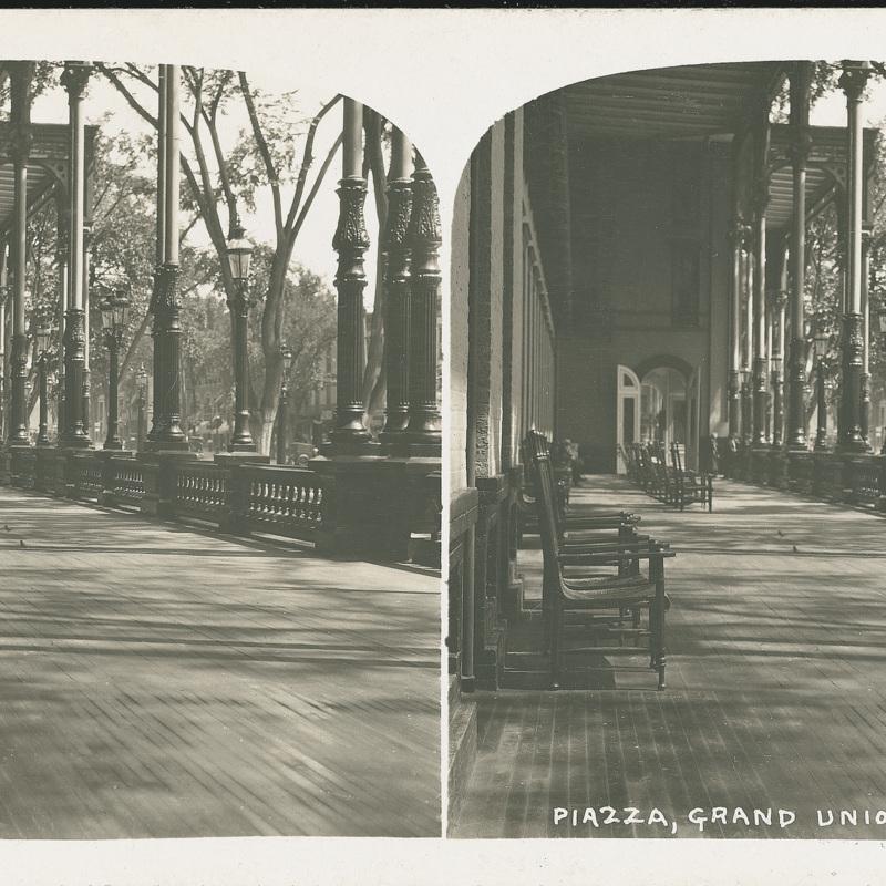 Piazza, Grand Union Hotel